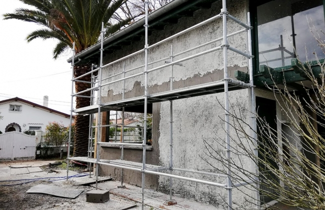 Restoration of facades of a villa in Anglet. Basque Coast.