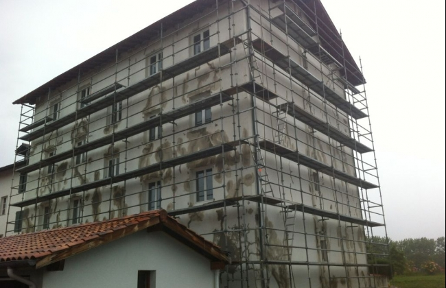Reforms of exterior facades in various projects in France : Arizaga