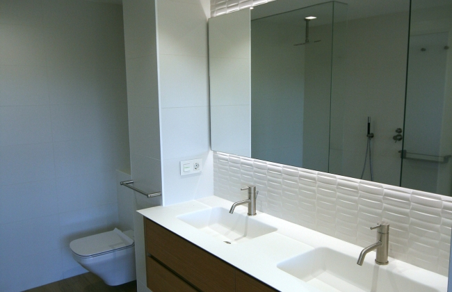 Bathrooms in Navarra-Refurbishing and new construction